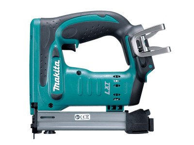 Makita 18V Mobile T50 Stapler - DST221Z