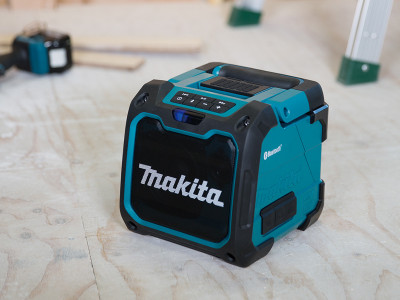 Makita Portable Bluetooth Speaker - DMR200