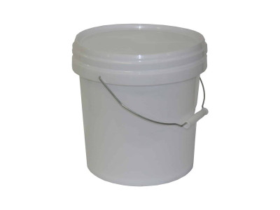 Queen Plastic Bucket With Lid White 10L